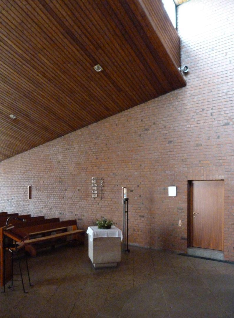 Himmelfahrtskirche hölzerne Decke, Oberlicht zum Altarraum