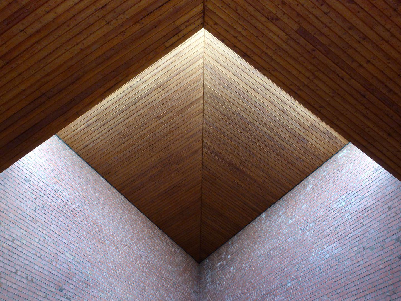 Himmelfahrtskirche Altarraum, Lichtführung