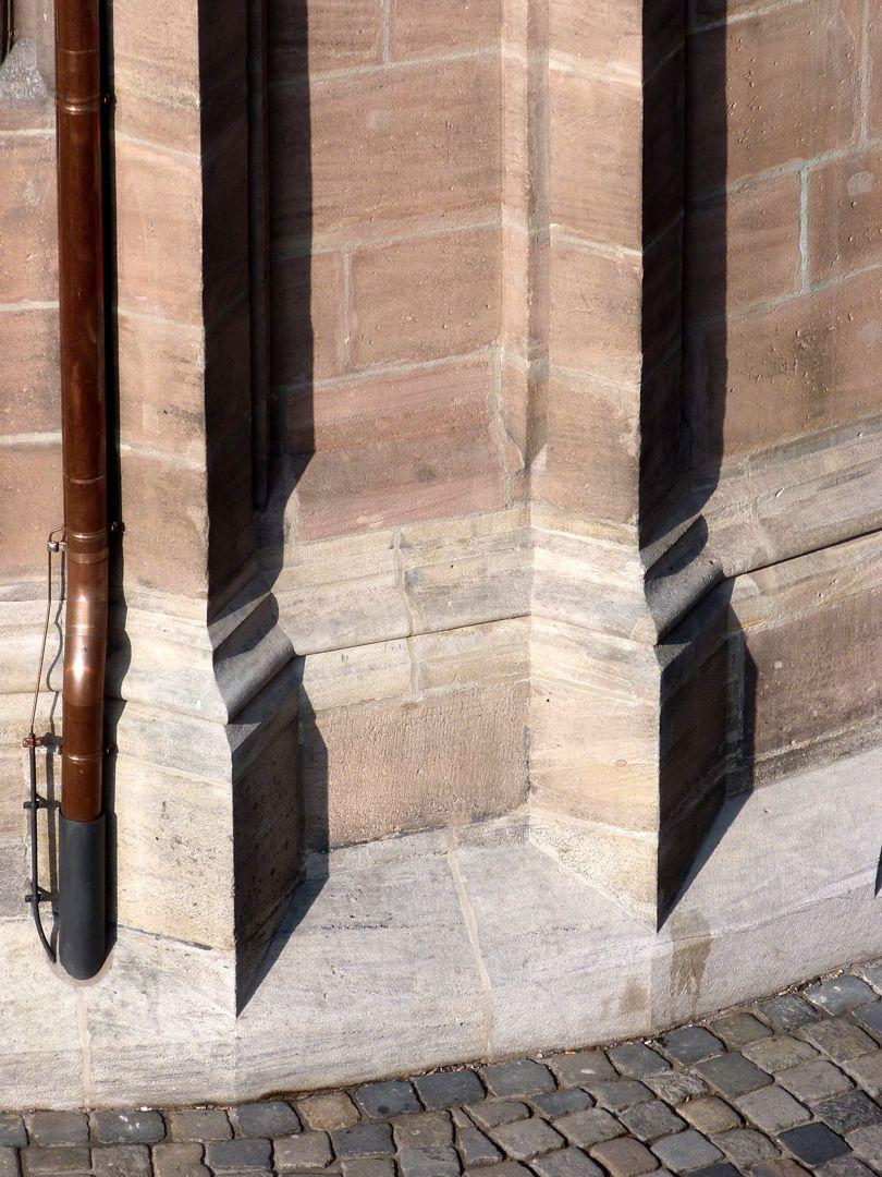 St. Lorenz, Chor Spornstrebepfeilerpaar von NO