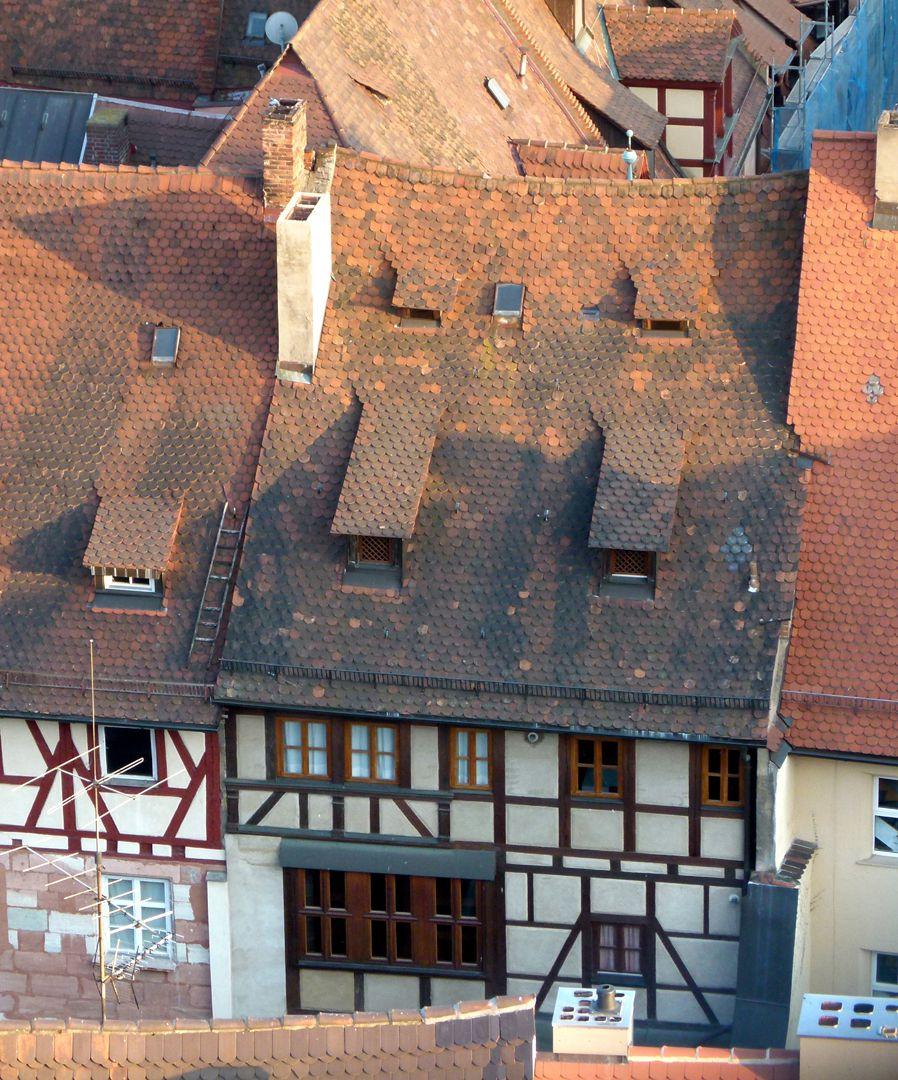 Haus Obere Krämersgasse 12 (Privatbesitz, nicht zu besichtigen) Rückfassade, Fachwerk links aus der Erweiterungszeit nach 1596, rechts von 1970.