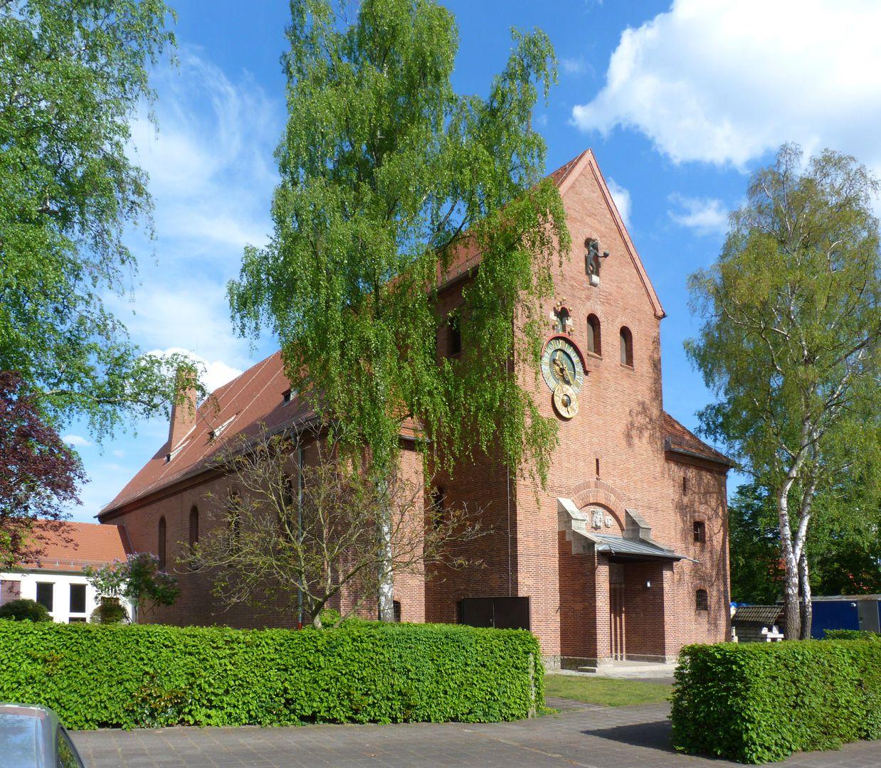 Melanchthonkirche Schrägansicht