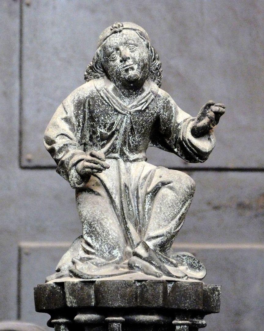 Tumba des Erzbischofs Ernst von Sachsen Figurine des Apostel Matthäus (Menschlein)