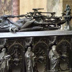 Tumba des Erzbischofs Ernst von Sachsen