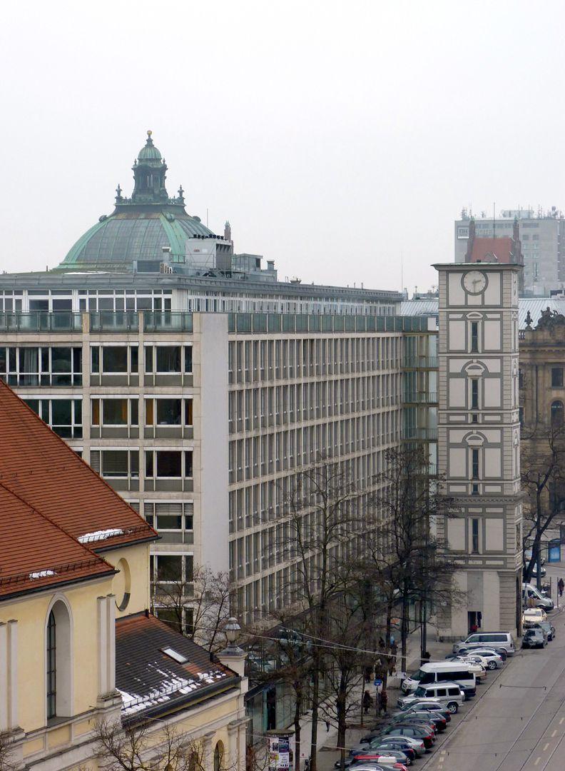 Herzog-Max-Burg, München, Justizgebäude Fassadenflucht