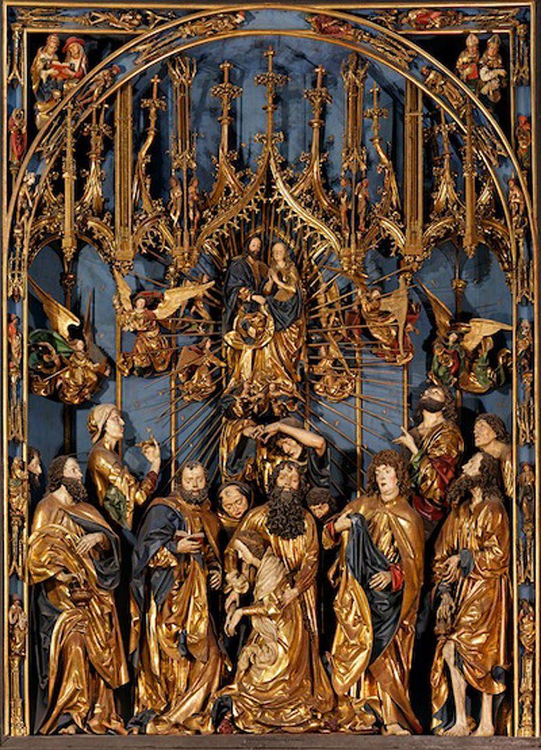 Marienaltar Schrein mit Entschlafung Marias im Apostelkreis und oben ihre Aufnahme in den Himmel