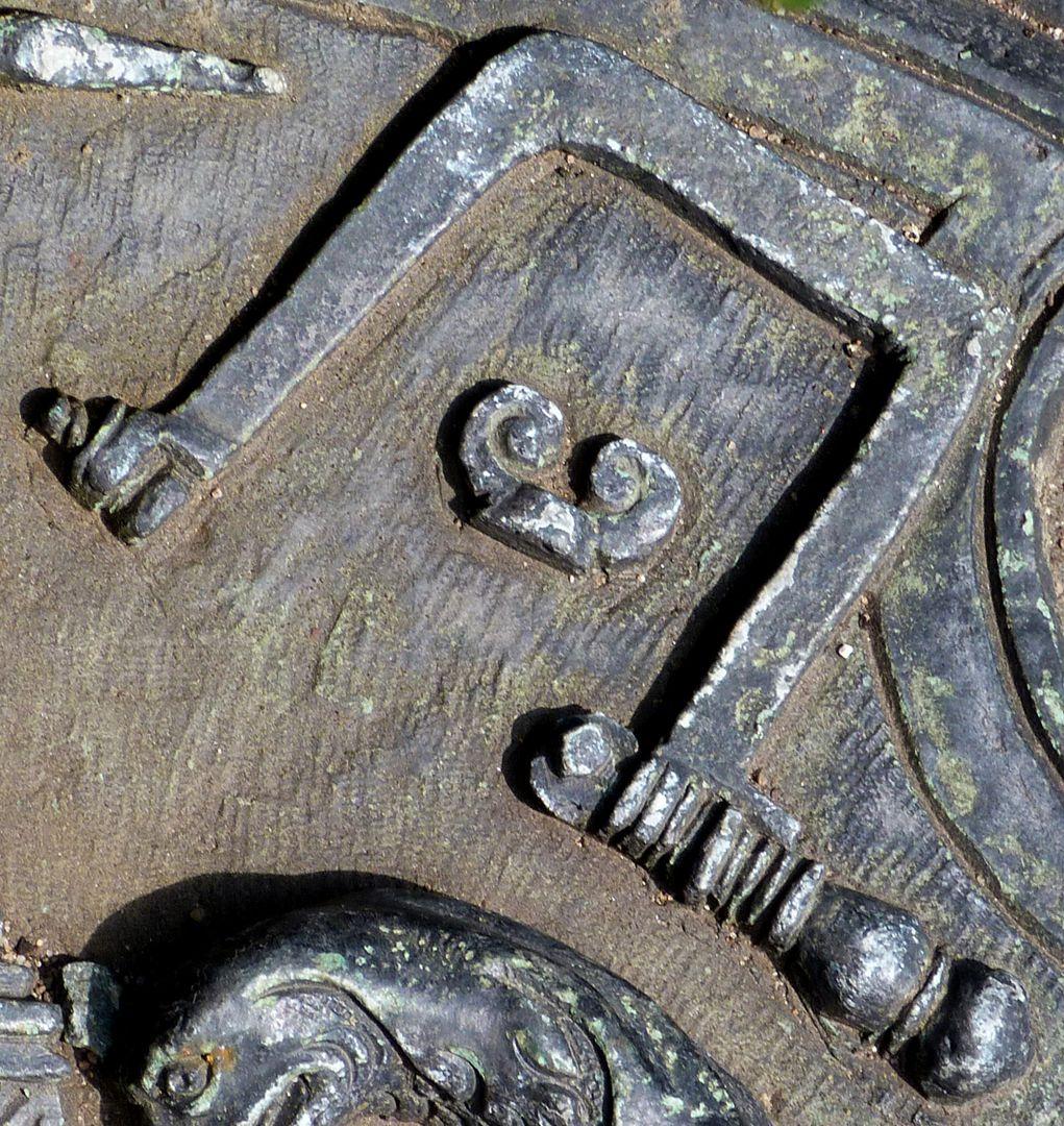 Epitaph des Eucharius Voytt Laubsäge mit Flügelmutter