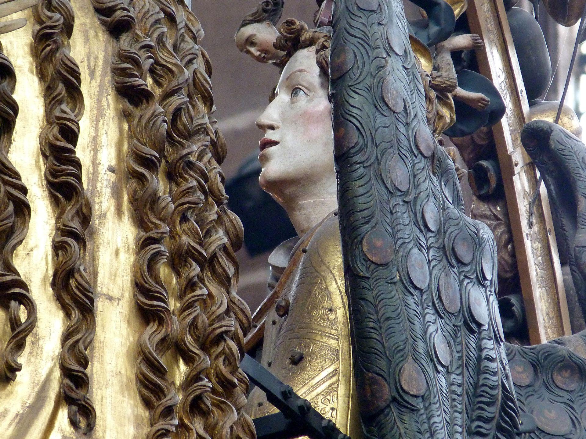 Englischer Gruß Haarsträhnen der Maria und Detail des Gabriel
