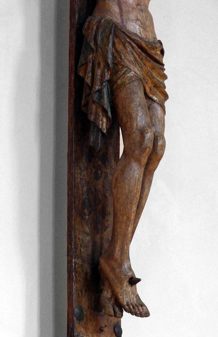 Kruzifix Beine
