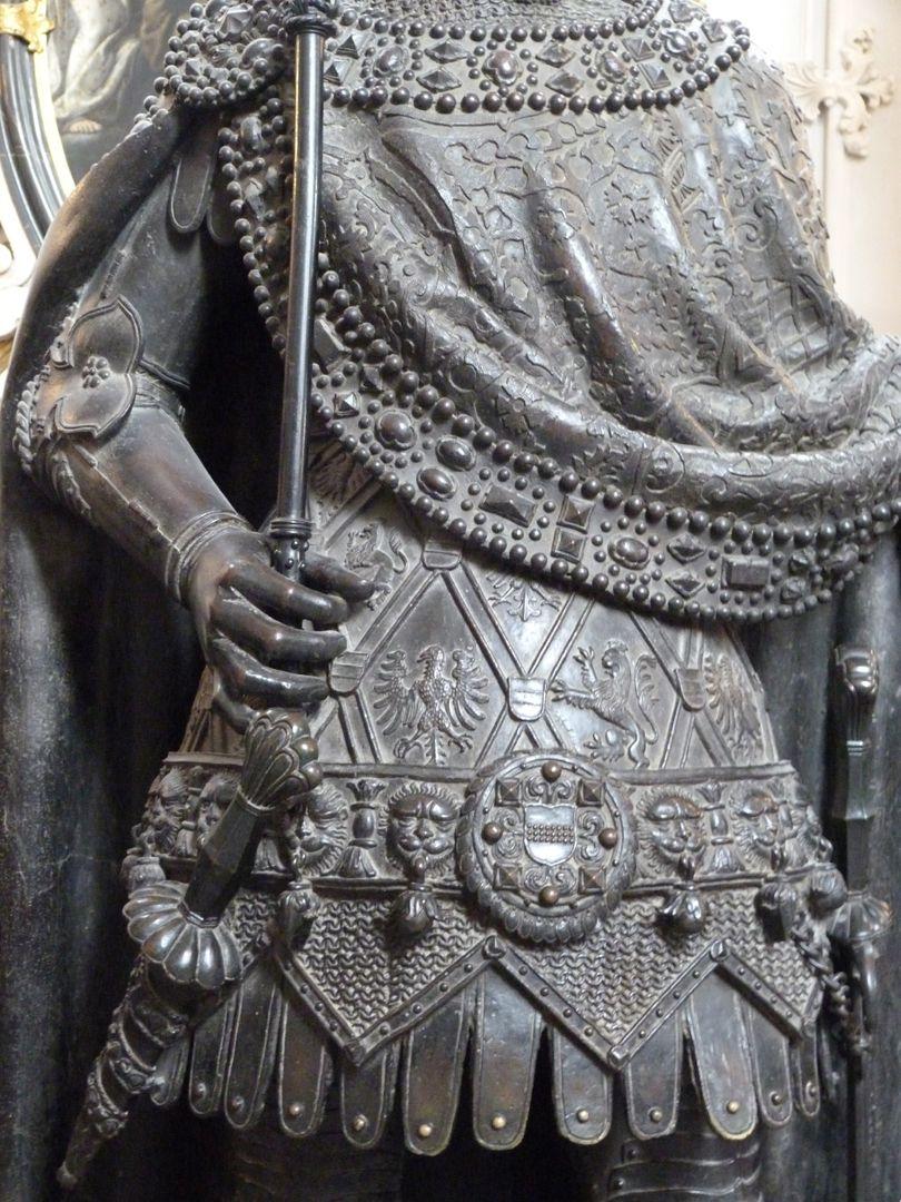 Albrecht I. (Innsbruck) Rumpf mit rechtem Arm