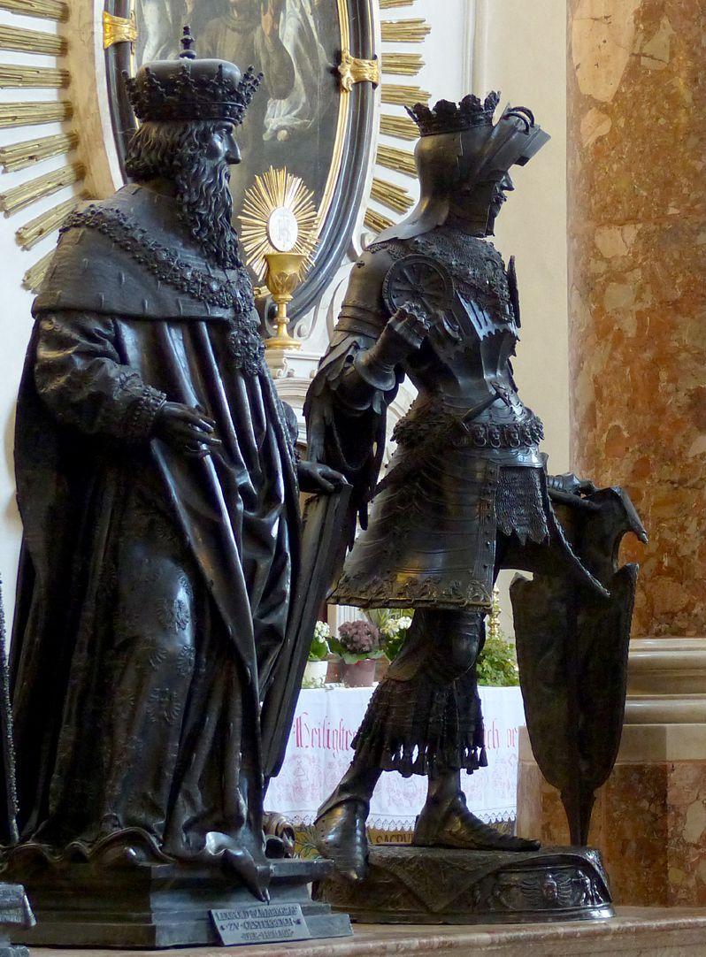 Albrecht von Habsburg (Innsbruck) Männerseite, zweite Figur, Albrecht IV. von Habsburg, Schrägansicht ganz