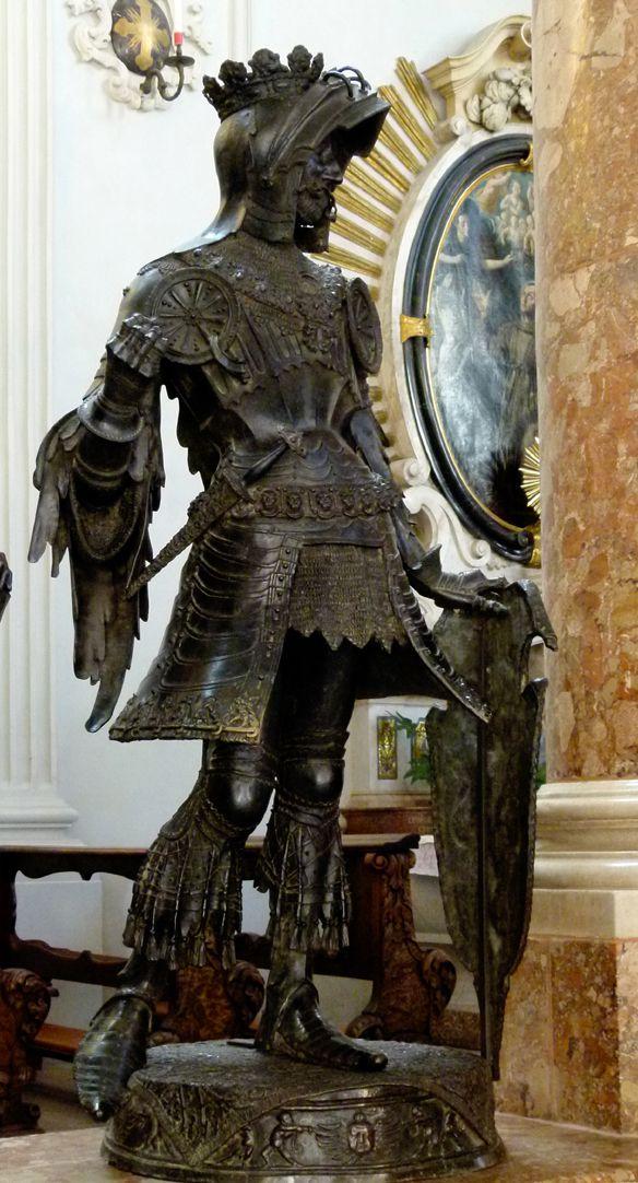Albrecht von Habsburg (Innsbruck) Schrägansicht