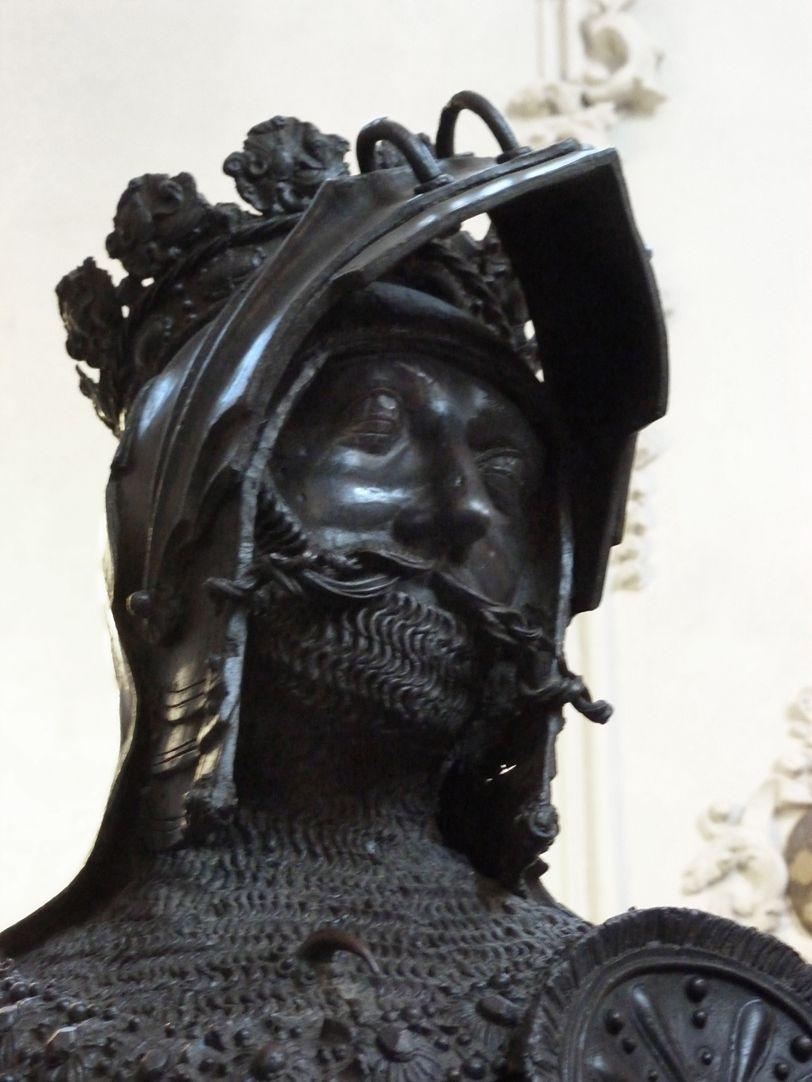 Albrecht von Habsburg (Innsbruck) Kopf, Schrägansicht von unten