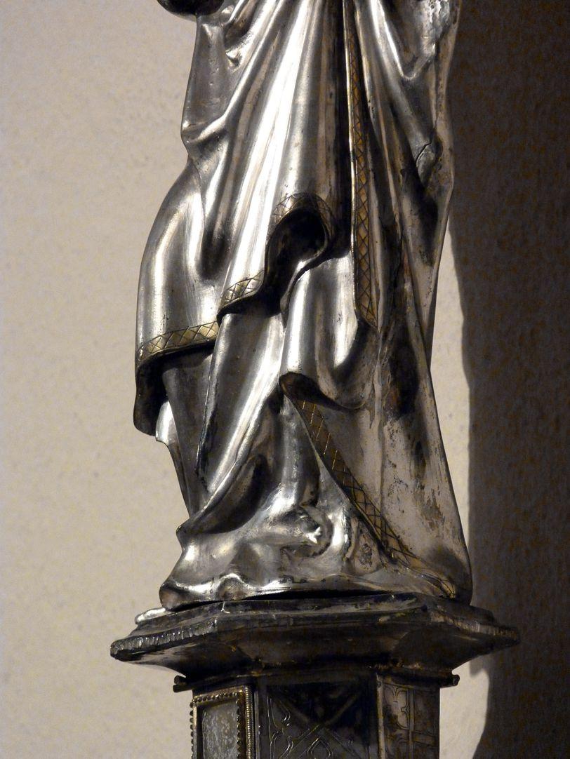 St. Bartholomäus Gewandfaltung