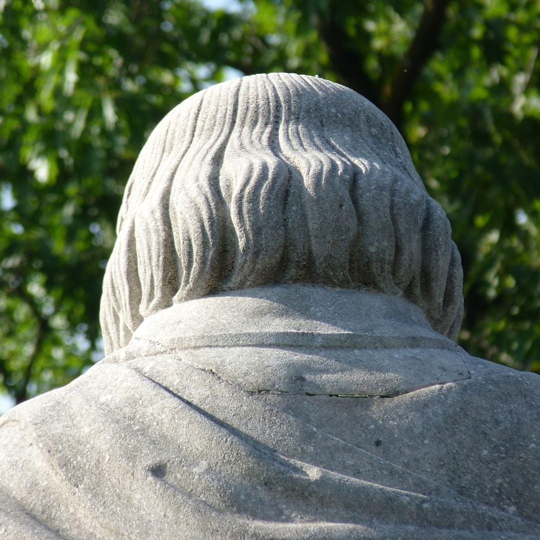Beethovendenkmal Hinterkopf