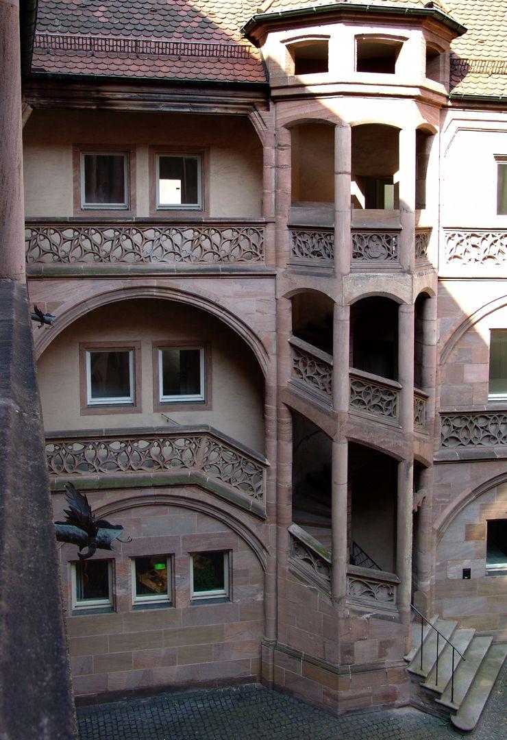 Welserhof offenes Treppengehäuse