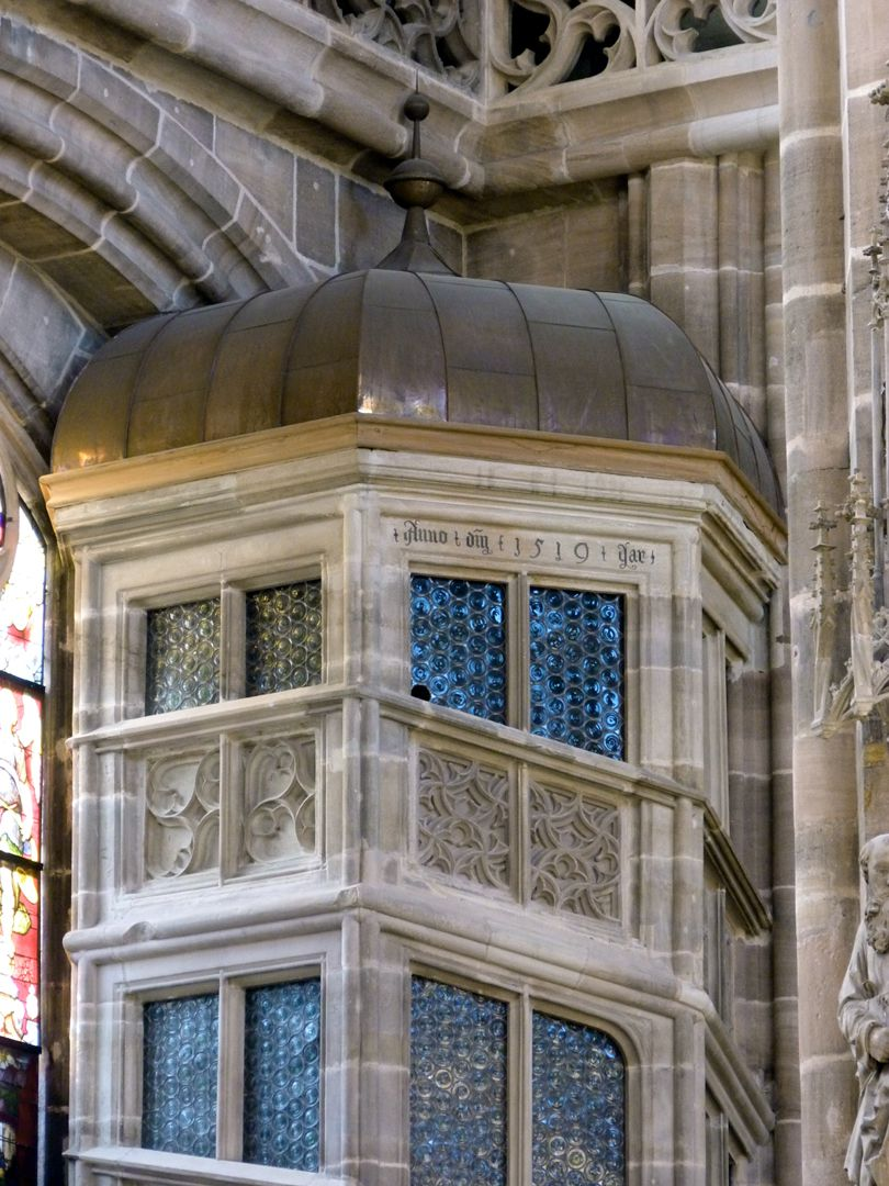 Sakristei, St. Lorenz Treppengehäuse zur oberen Sakristei, Detail mit der Welschen Haube