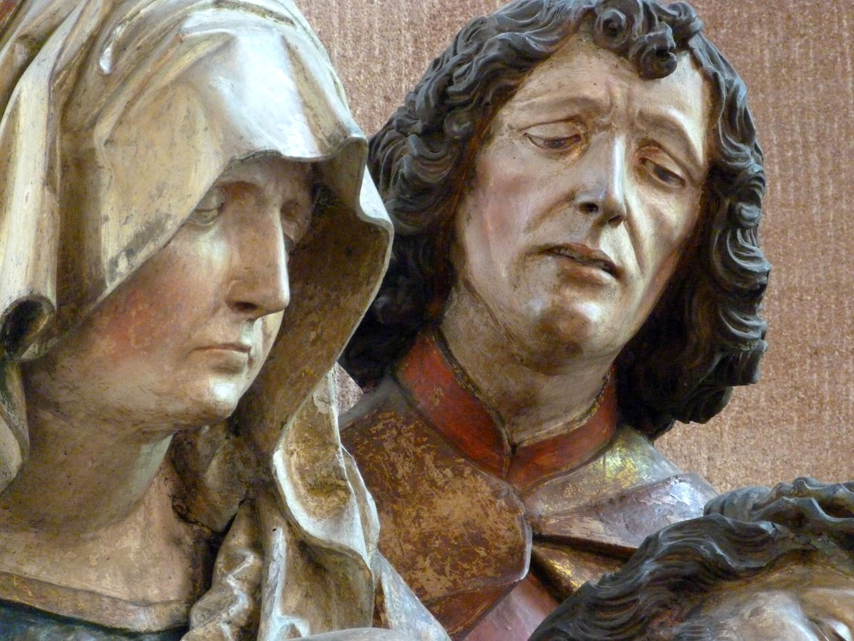 Große Pietà Köpfe von Maria und Johannes