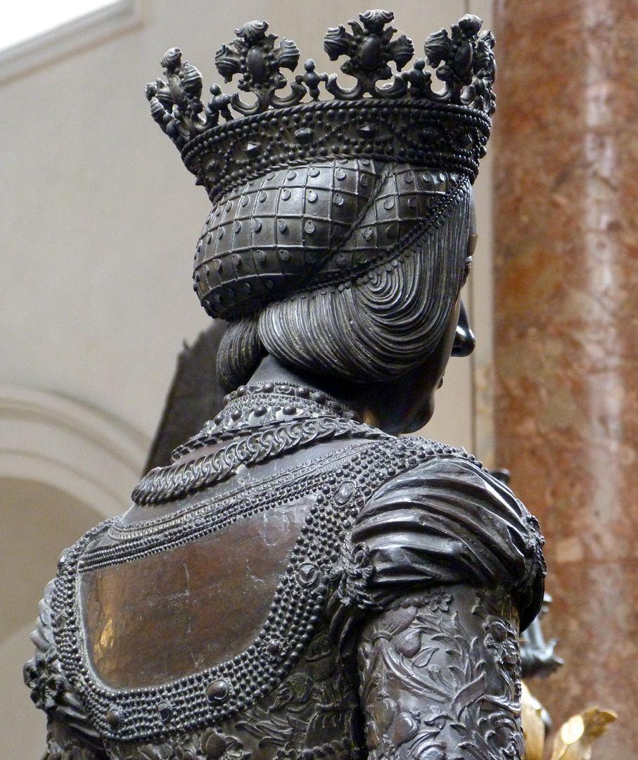 Kaiserin Bianca Maria Sforza (Innsbruck) Kopf und Schulter in Schrägansicht