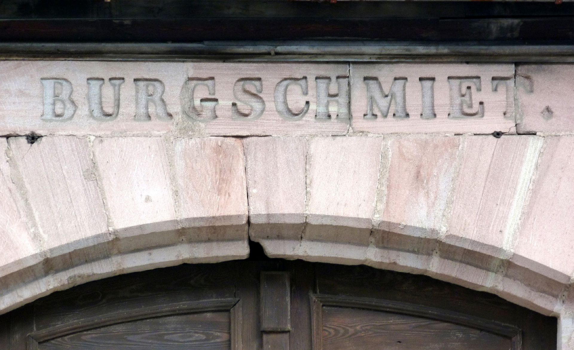 Erzgießerei Burgschmiet Inschrift