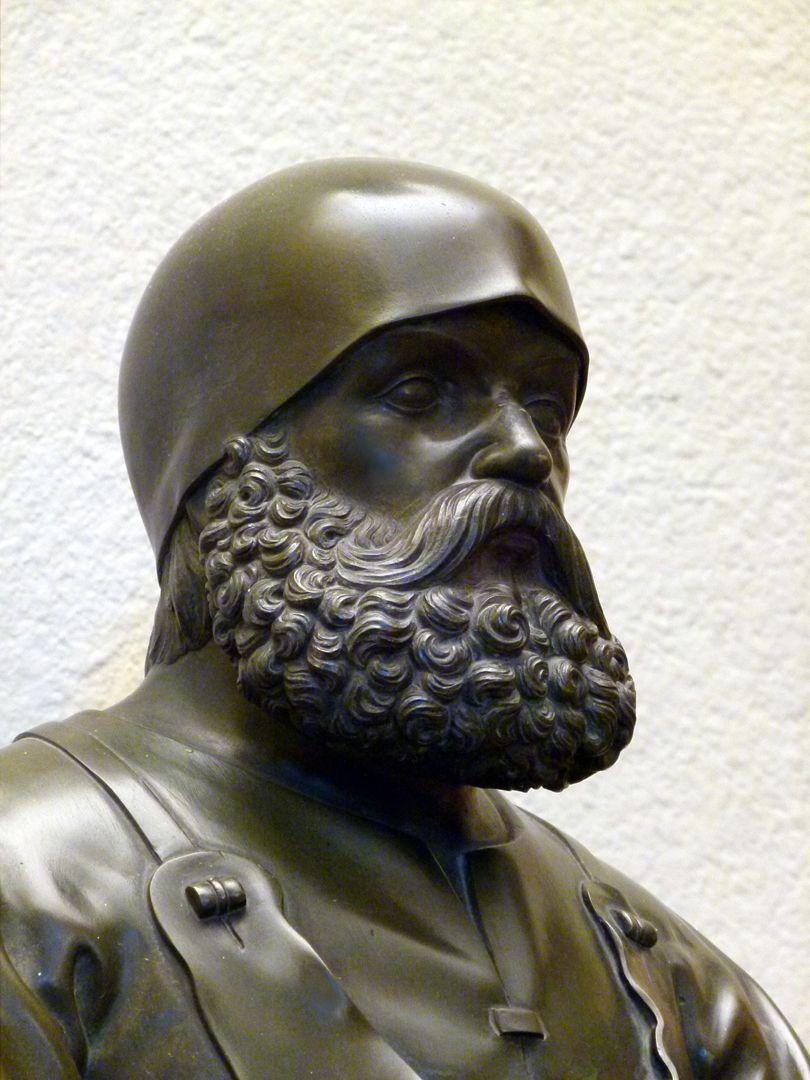 Statuette des Peter Vischer Detail