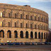 Kongresshalle und Kolosseum im Vergleich