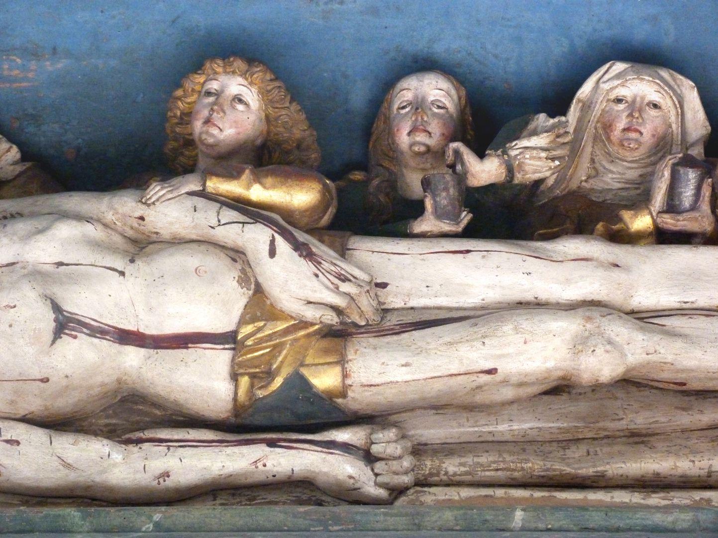 Hochaltar der Johanneskirche (Crailsheim) Predella, Christus und Trauernde, die Linke Johannes auf dem Arm Christi