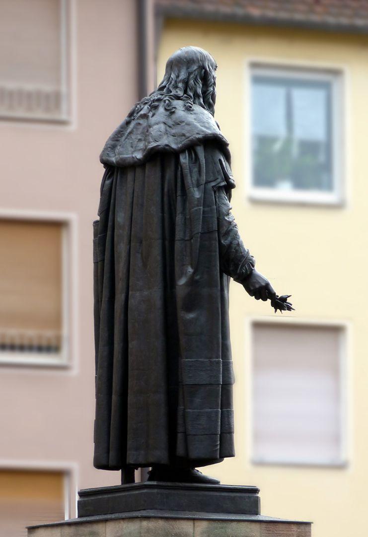 Albrecht-Dürer-Denkmal Nordwestansicht