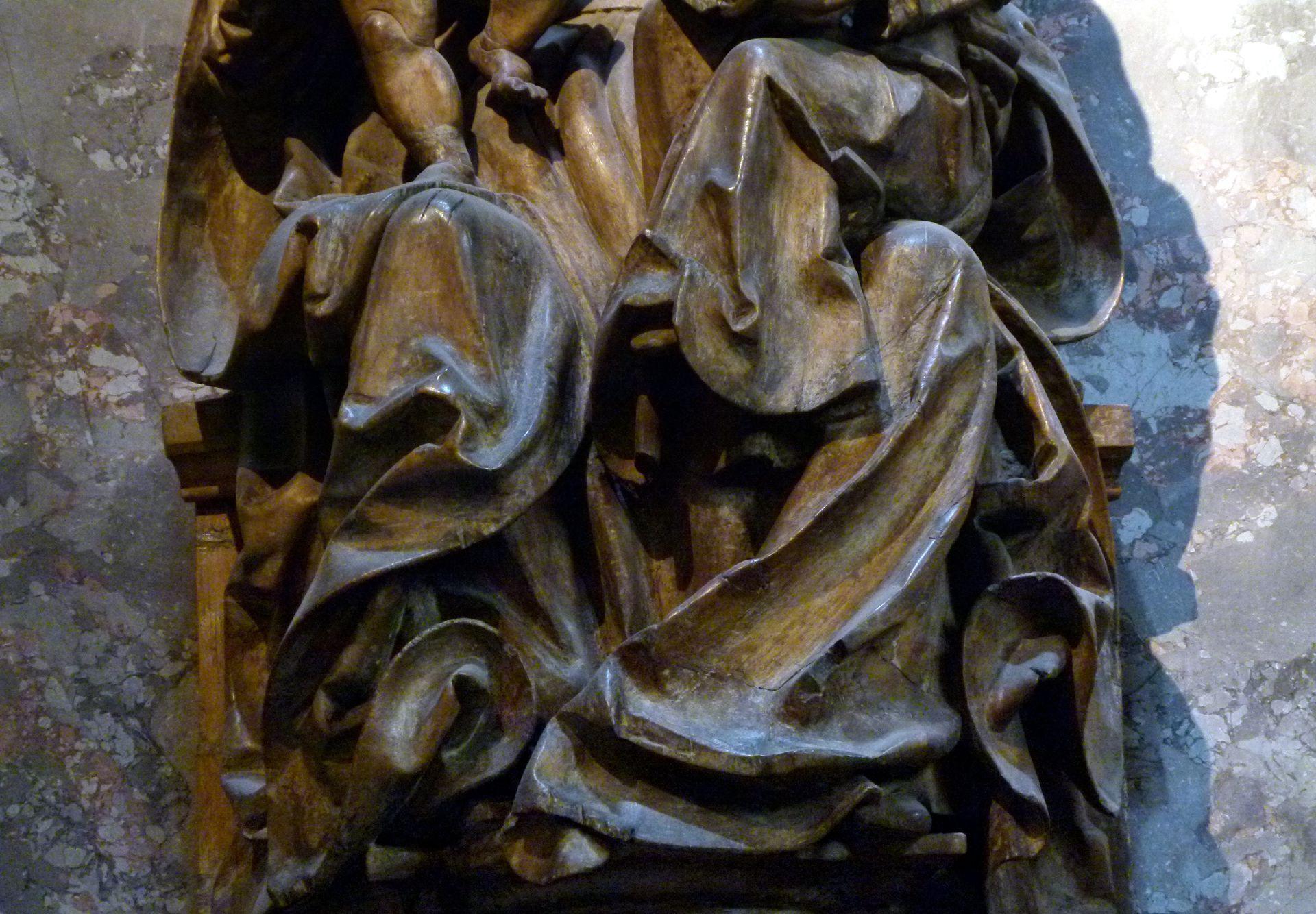 Anna-Selbdritt in St. Anna, Wien Detail, Gewandwirbel