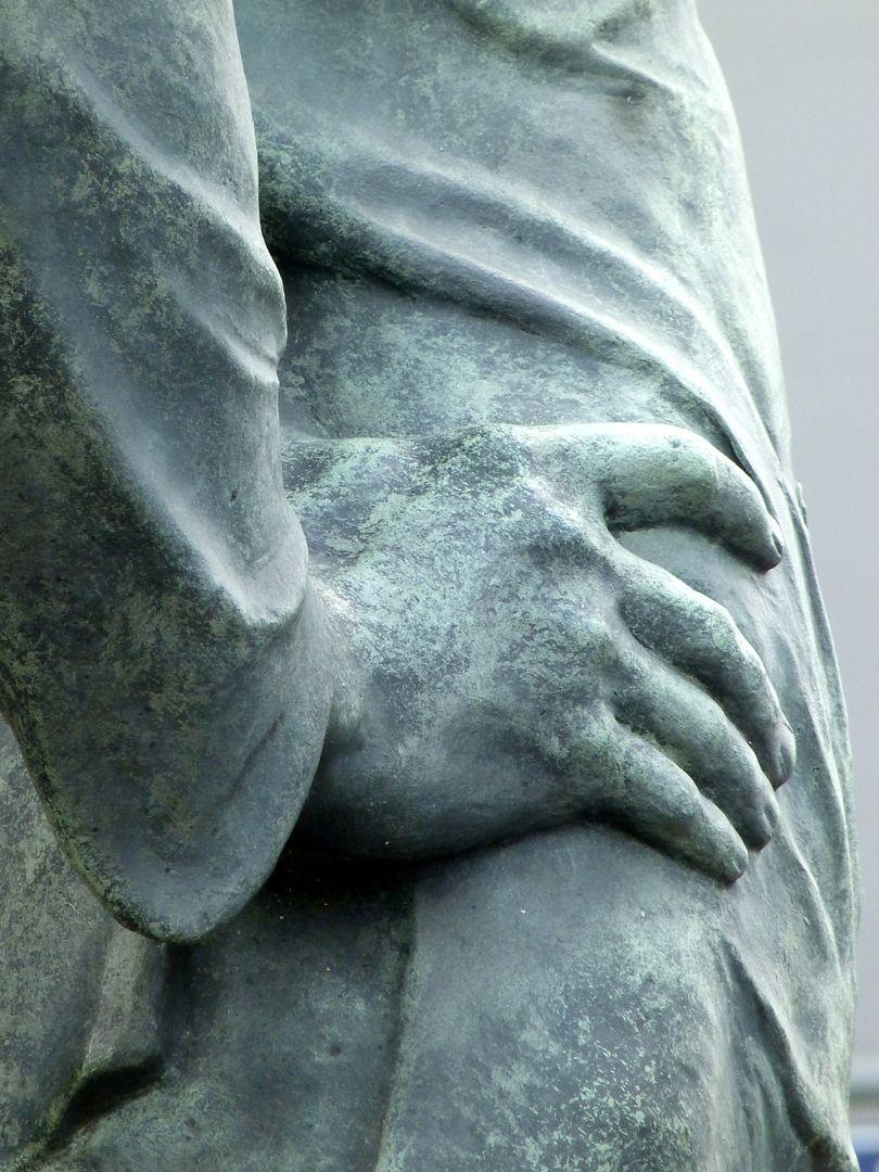 Der Hafenarbeiter Detailansicht mit rechter Hand