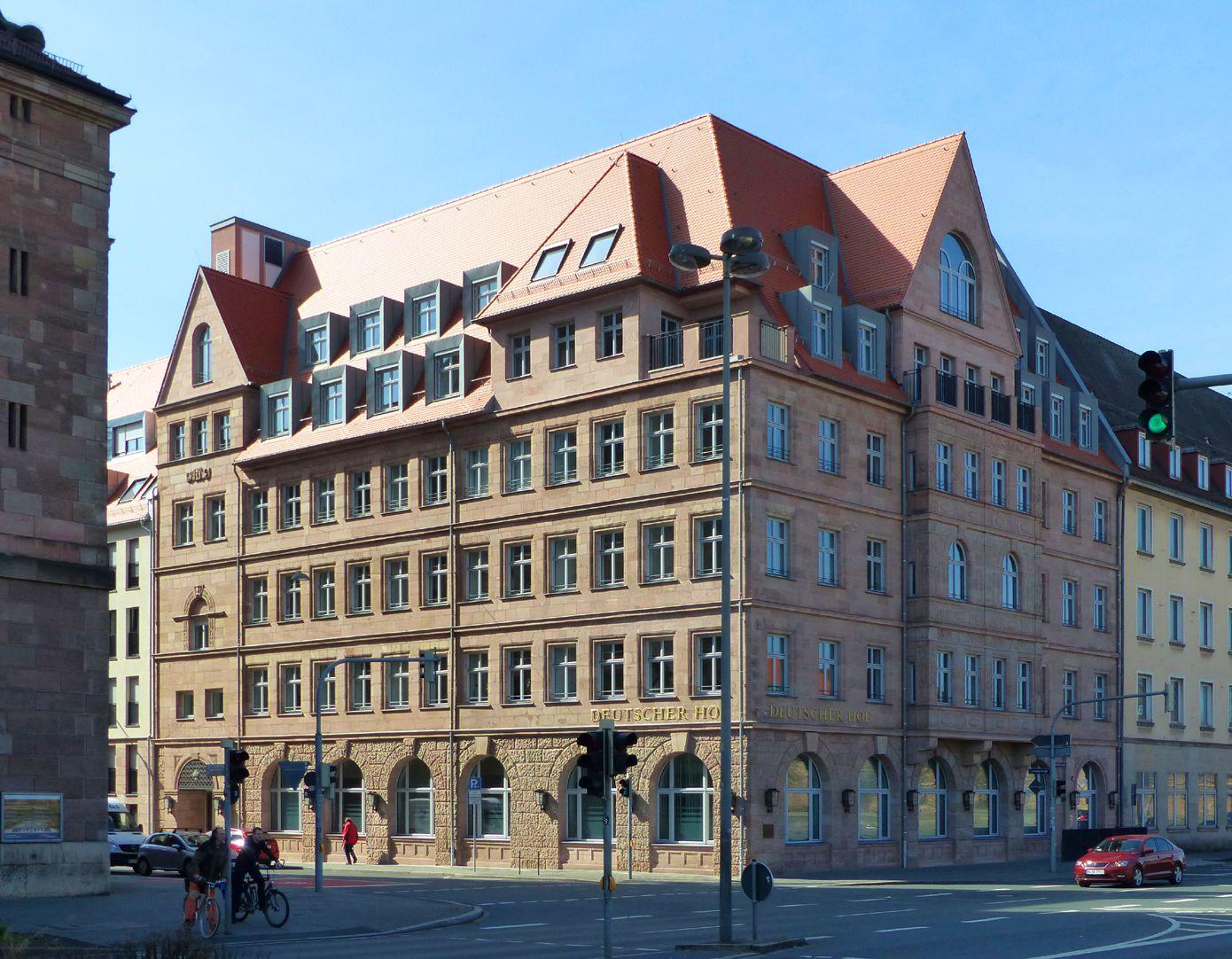 Hotel Deutscher Hof Ost- und Nordfassade