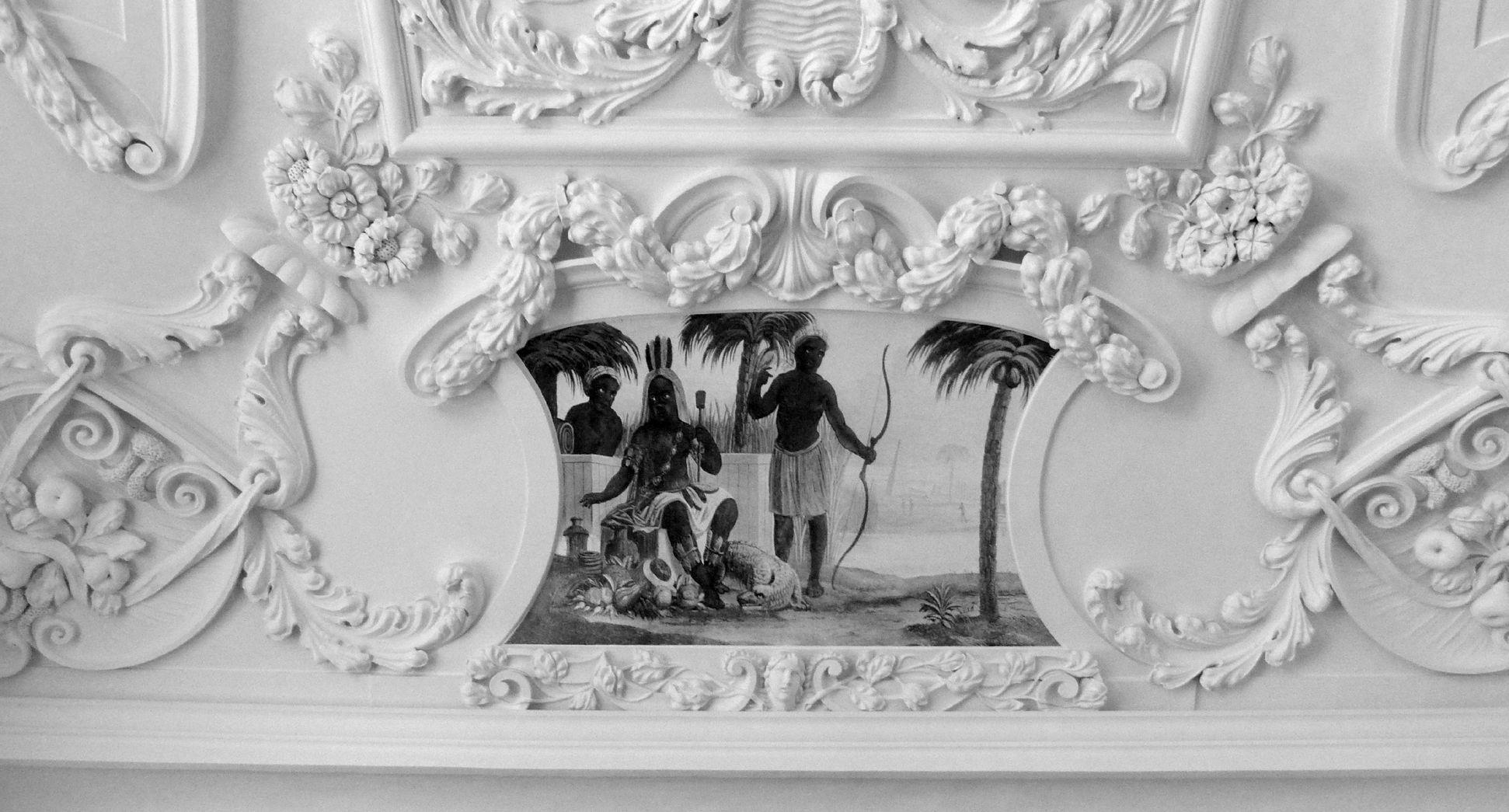 Stuckdecke aus dem Gartensaal des ehemaligen Merkelschen Anwesen östliche Stirnseite