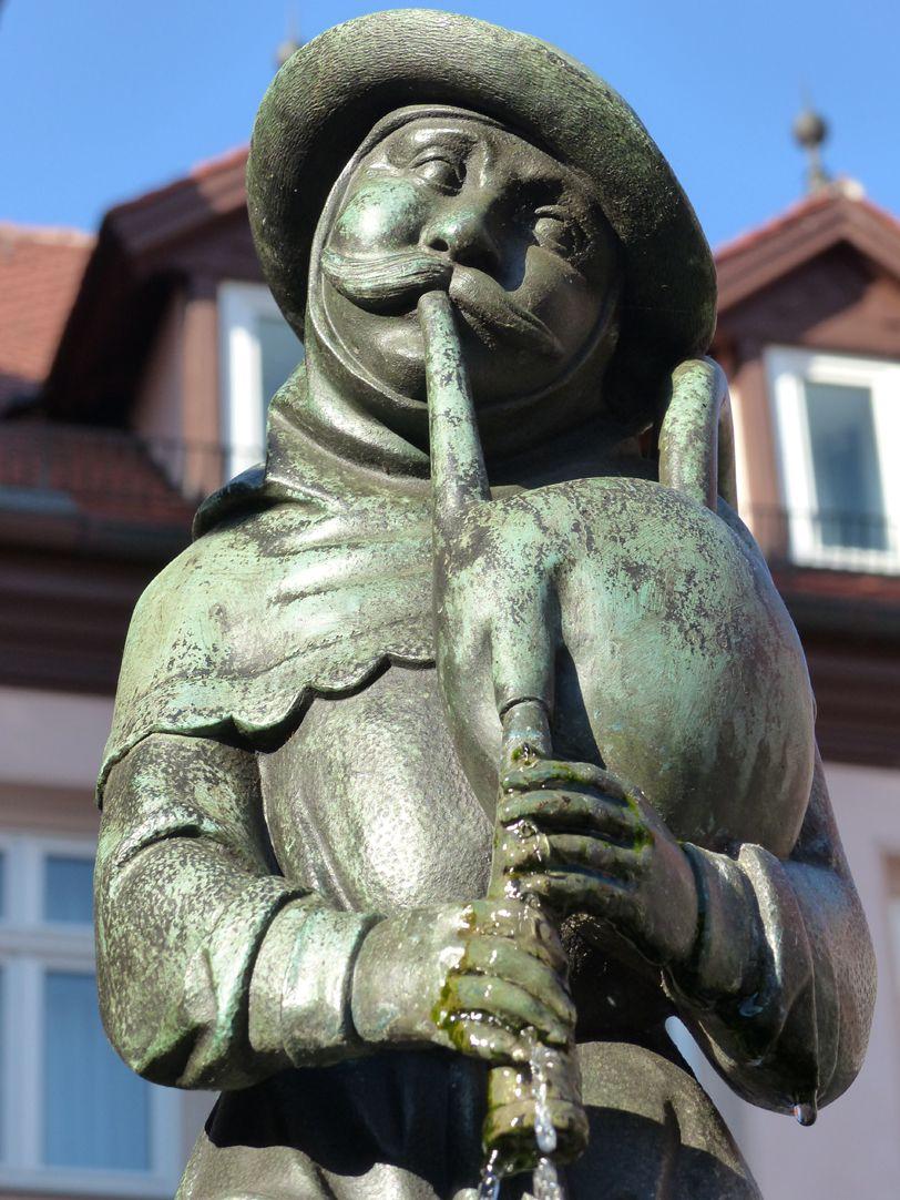 Dudelsackpfeiferbrunnen Brunnenfigur, Detail