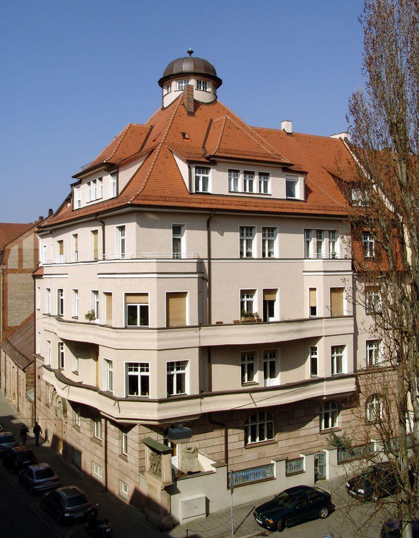 Wohnhaus, Burgschmietstraße 12 Gesamtansicht