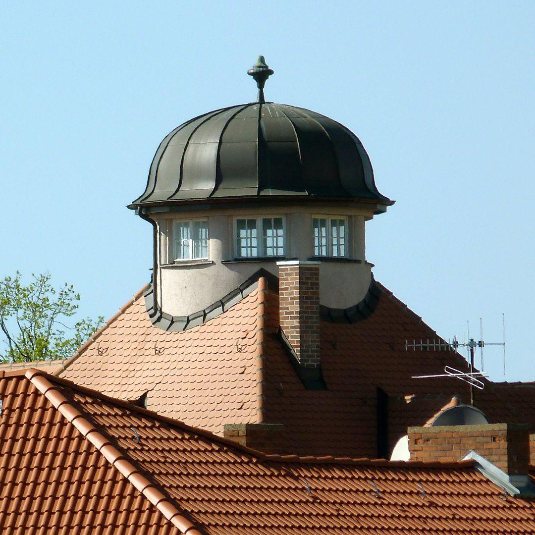 Wohnhaus, Burgschmietstraße 12 Dachlaternenhaube