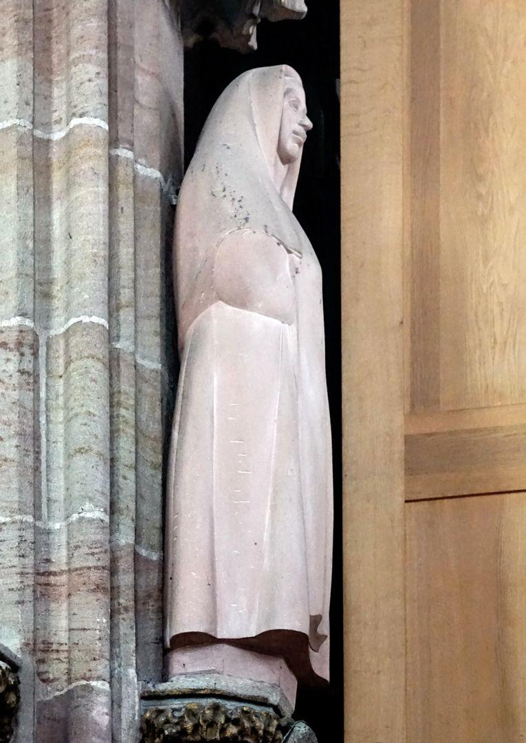Edith Stein seitliche Ansicht von Norden