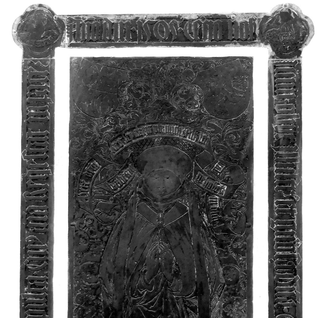 Gräfin Elisabeth von Stolberg (1447 - 3.6.1505) obere Plattenhälfte