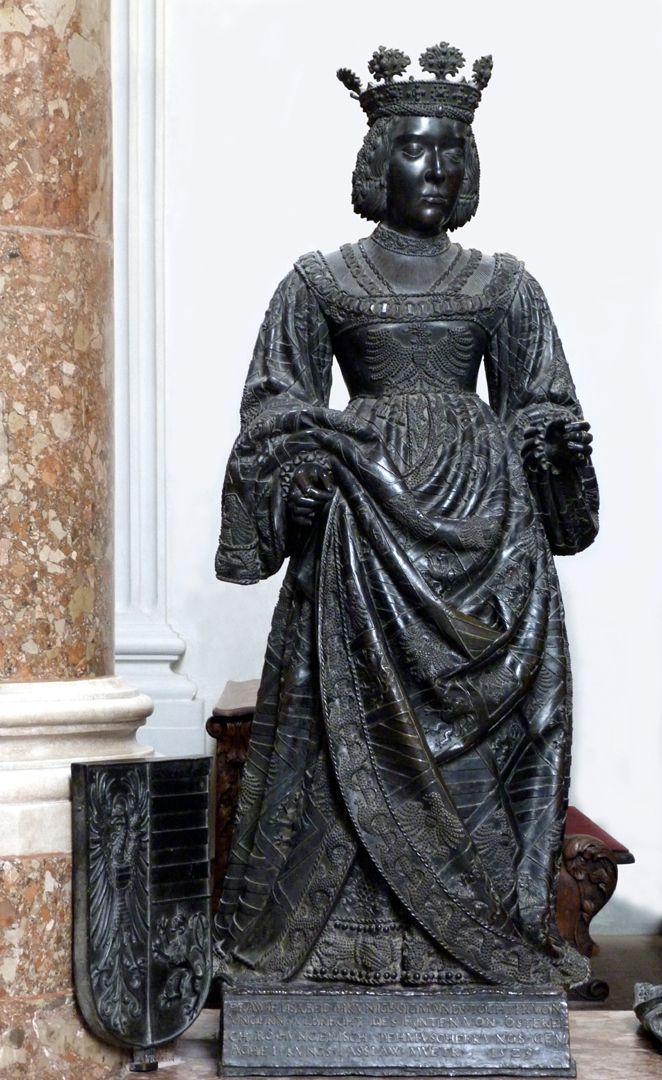 Elisabeth von Ungarn  (Innsbruck) Frontalansicht