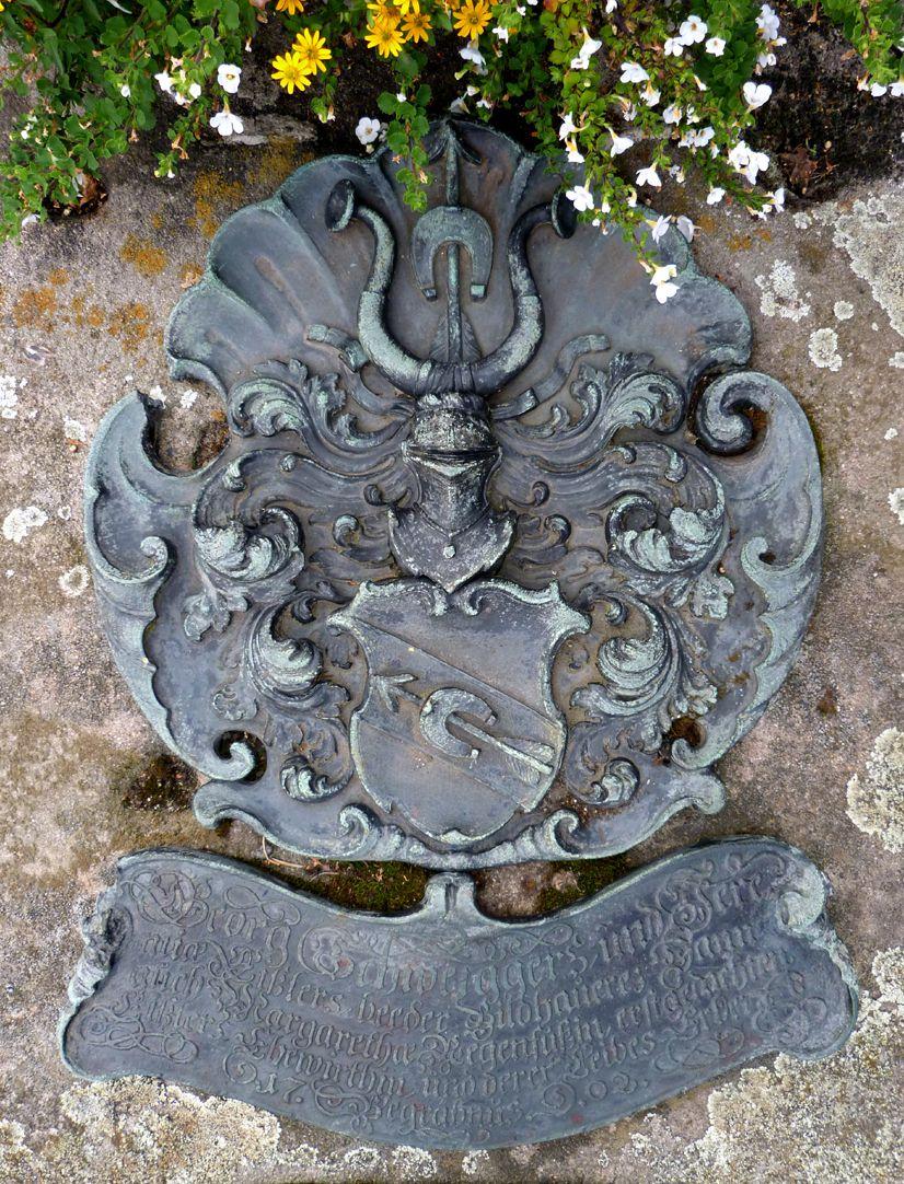 Epitaph von Georg Schweigger, Jeremias Eissler und Margaretha Regenfuss Epitaph mit Wappen
