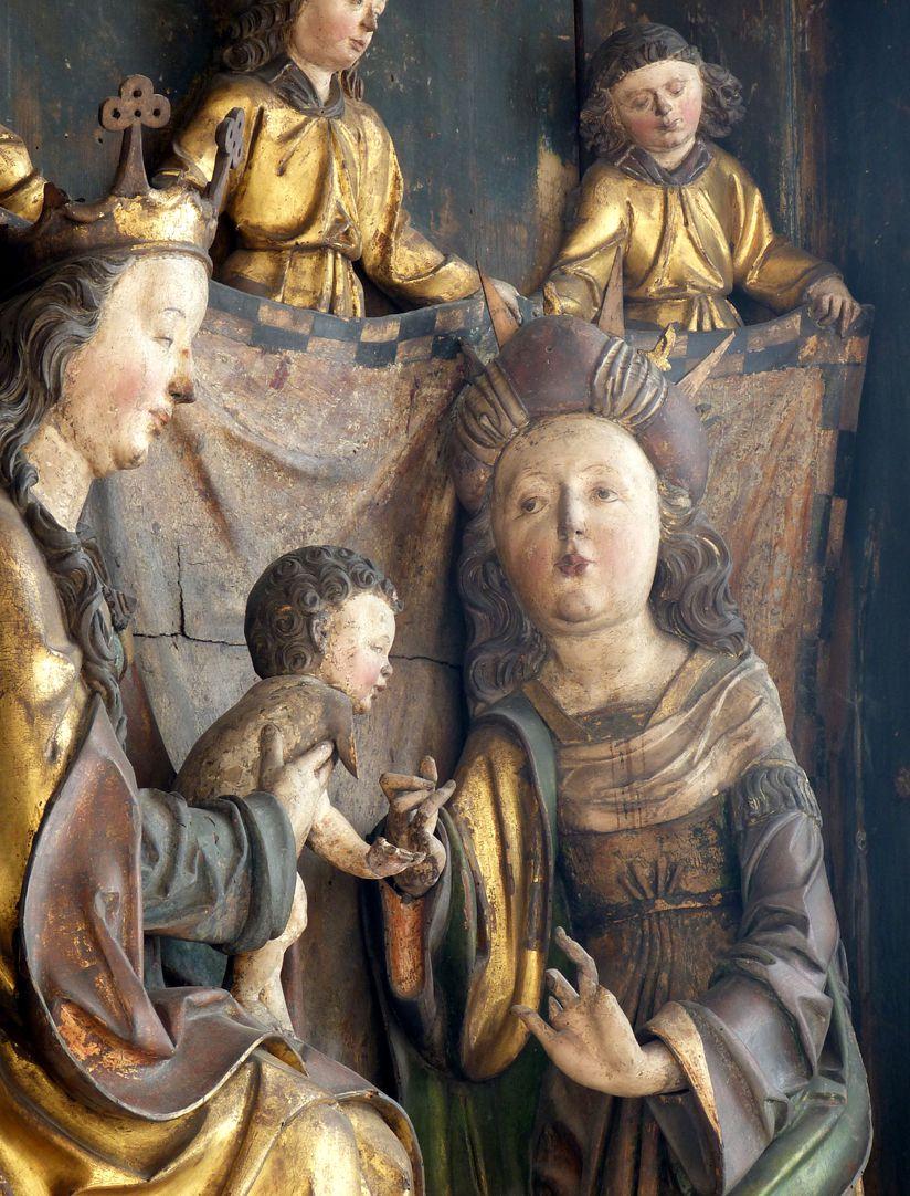 Katharinenaltar in St. Egidien Maria, das Jesukind und Katharina vor einem von Engeln gethaltenen Vorhang