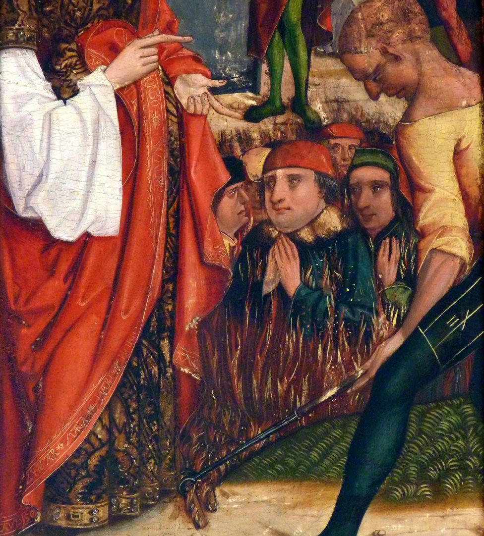 Katharinenaltar in St. Egidien Verbrennung der Philosophen im Detail