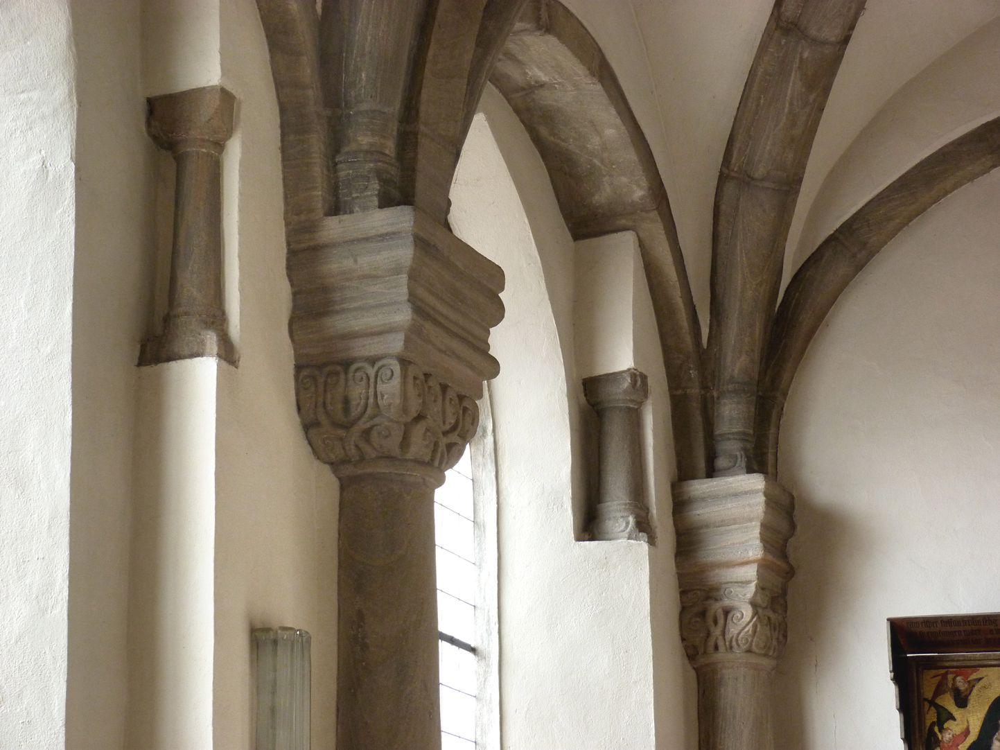 Euchariuskapelle südliche Wandgliederung