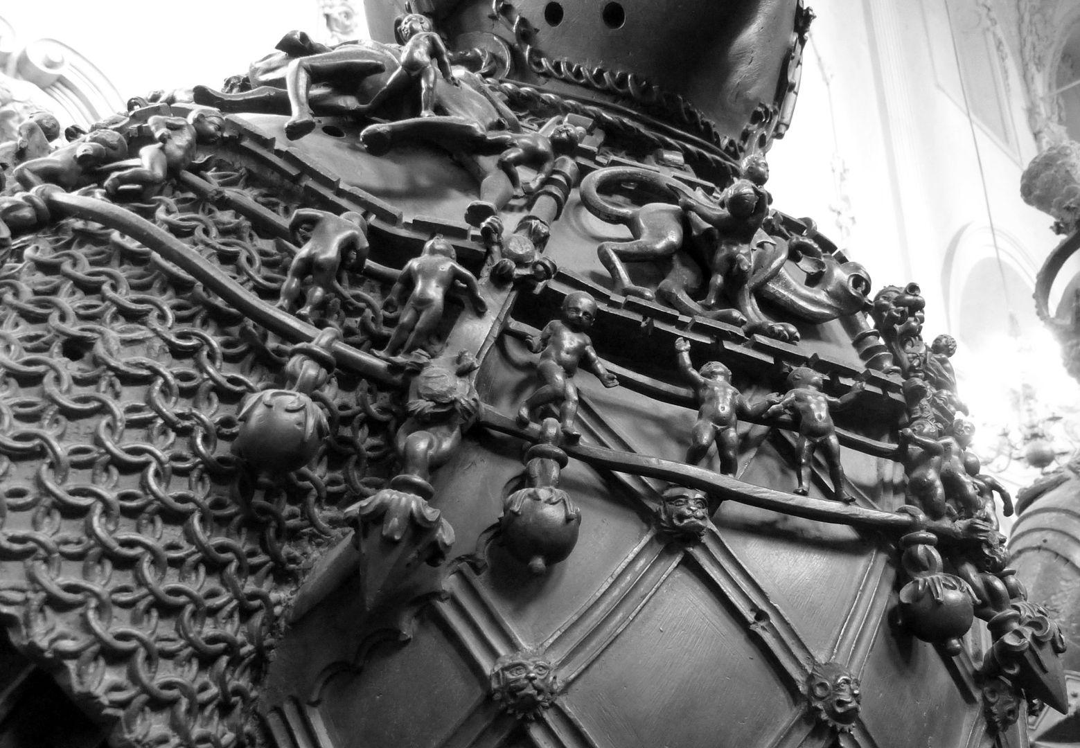 Ferdinand von Portugal (Innsbruck) Kette mit Amoretten