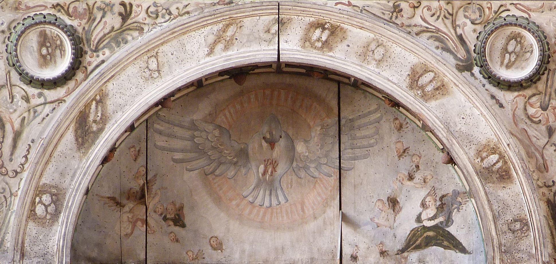 Flötner Altar (Ansbach) Bogen mit Heiligem Geist