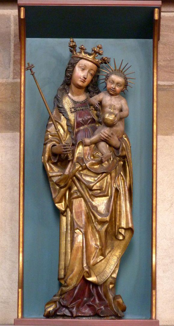 Muttergottes mit Kind Gesamtansicht (Krone Marias und Strahlennimbus des Kindes ergänzt)