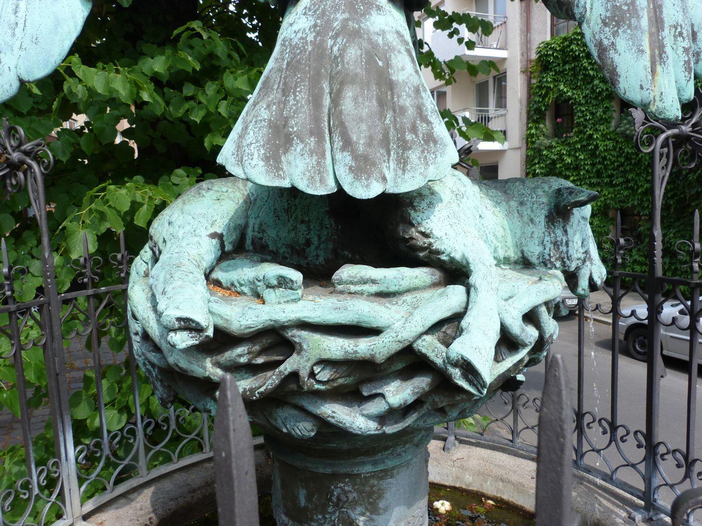 Geiersbrünnlein Geierhorst mit totem Lamm