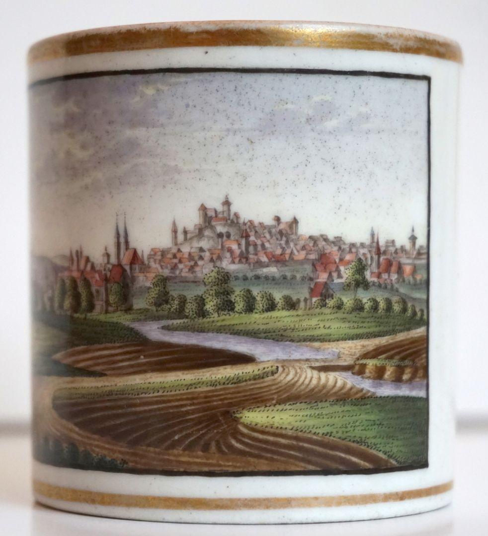 """Tasse mit Nürnberg-Ansicht von """"der Mittagsseite"""" (Süden)"""