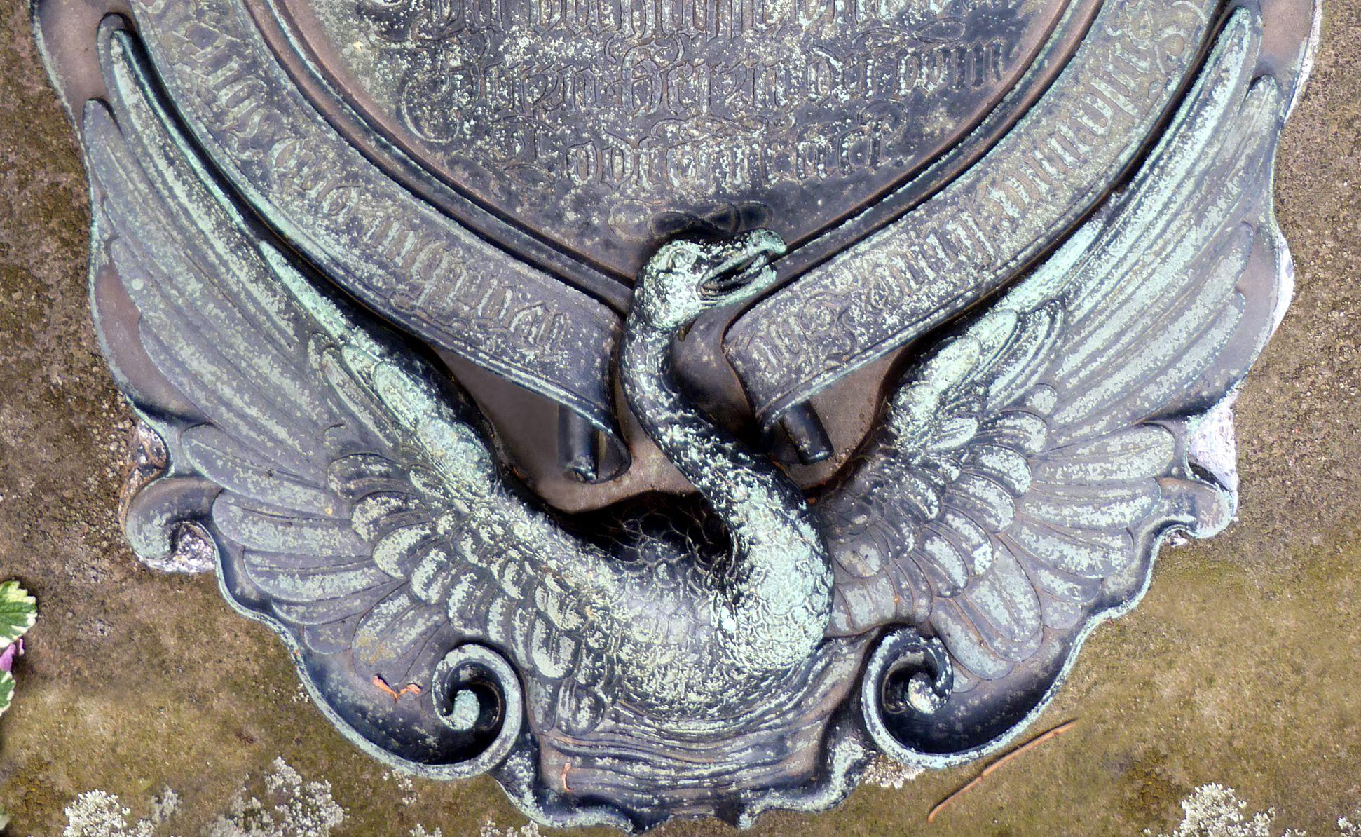 Epitaph des Georg Schwanhardt (Glasschneider) und Ehefrau Susanna Fuß der Kartusche mit Schwanenvogel