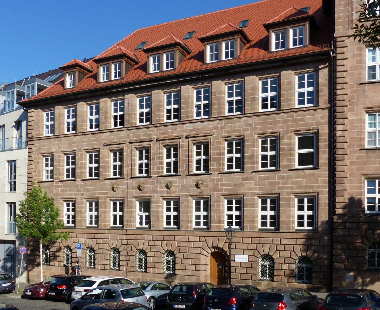 ehemalige Allgemeine Ortskrankenkasse linker Gebäudeflügel