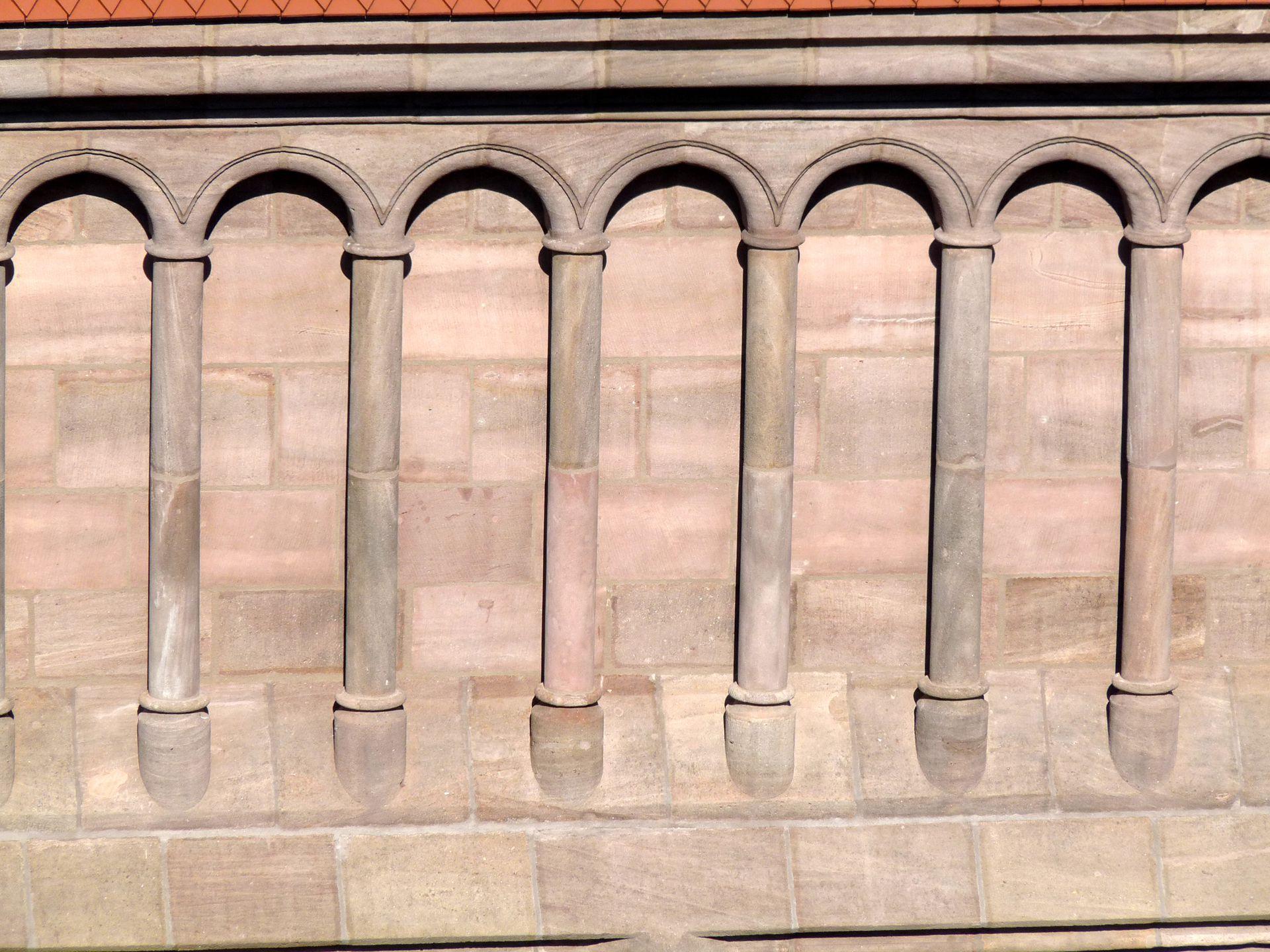 St. Lorenz, Hallenchor, Bauphase Jakob Grimm Westgiebel, Detail der Bogenstellungen (von Hans Behaim?)