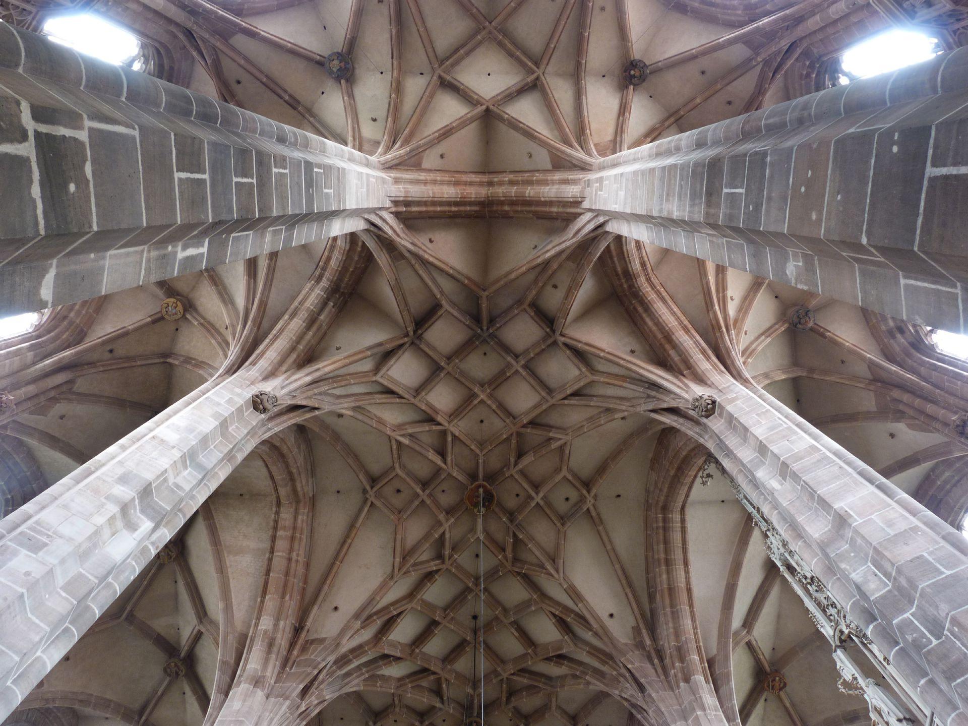 St. Lorenz, Hallenchor, Bauphase Jakob Grimm Chorgewölbe zwischen dem östlichsten Pfeilerpaar